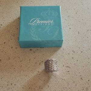 Premier Designs Pixie ring size 7